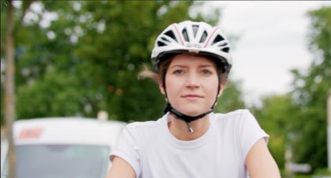 Fahrradfahrer sicher überholen